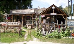 Earth Treasures Rockshop and Antiques