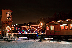 event-holiday-train-coppess2-3bd60ade.jpg